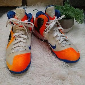 Nike Lebron James Air Max 180